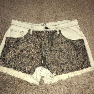 BDG (Urban Outfitters) Women's shorts size 29w